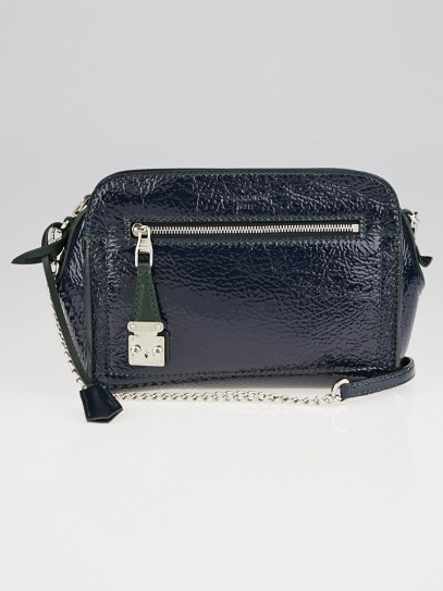 Louis Vuitton Limited Edition Navy Blue Patent Deerskin Leather Bonded Pochette Chaine Bag