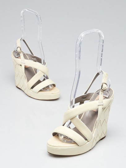 Valentino White Woven Leather Open Toe Wedges Size 6/36.5
