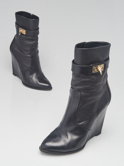 Givenchy Black Leather Shark-Lock Wedge Ankle Boots Size 7.5/38