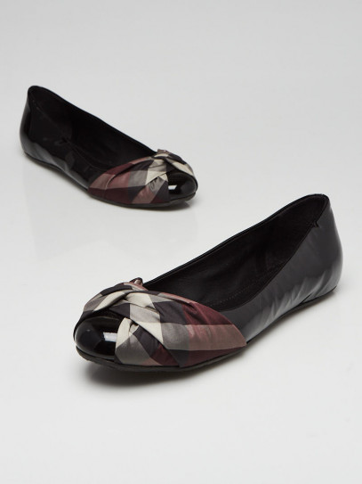 Burberry Black Patent Leather Classic Check Coated Flats Size 8.5/39