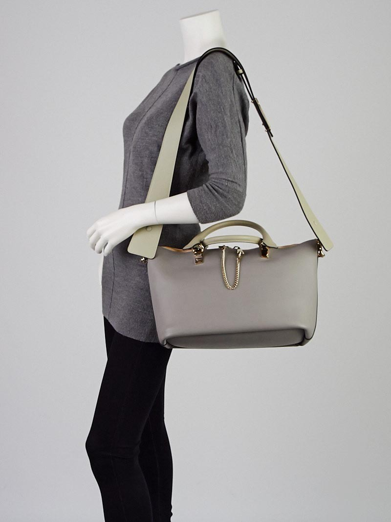 Chloe Cashmere Leather Two-Tone Medium Baylee Tote Bag - Yoogi\u0026#39;s ...