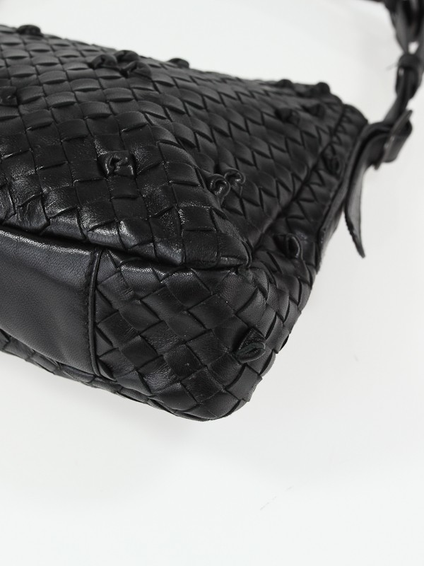 how to clean bottega veneta leather