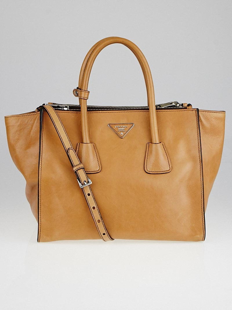 1adf84fdbd5 ... where can i buy black prada naturale glace calf leather twin pocket  double handle tote bag