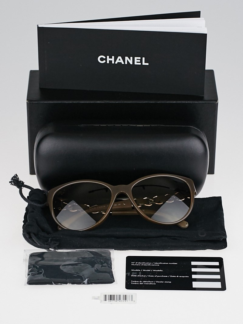 Chanel Glasses Frames Leather : Chanel Grey Frame Chain and Leather Wayfarer Sunglasses ...