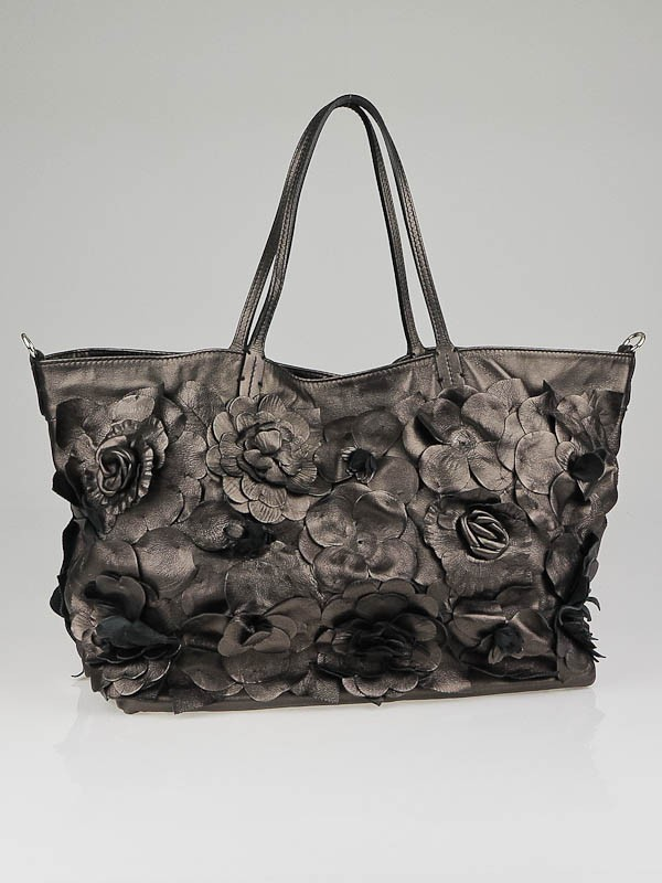 Valentino Bronze Nappa Leather Floral Applique Tote Bag - Yoogiu0026#39;s Closet