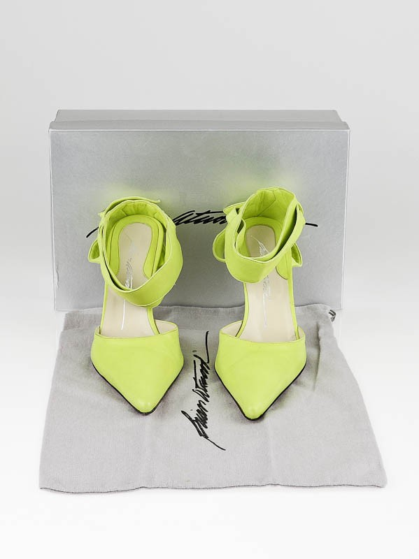 Brian Atwood Lime Green Ankle Strap Wing Heels Size 7/37.5