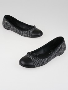 Chanel Grey/Black Tweed Cap Toe Ballet Flats Size 8.5/39
