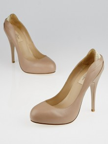 Valentino Nude Leather Studded Pumps Size 7.5/38