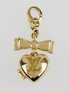 Louis Vuitton 18k Gold Heart Bow Charm