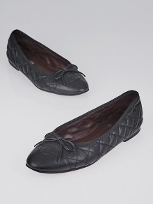 Chanel Black Quilted Leather CC Ballet Flats Size 8/38.5
