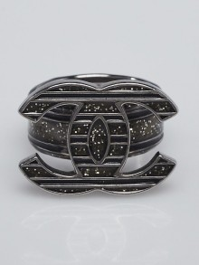 Chanel Black Glitter Enamel and Silvertone and CC Ring Size 6.5