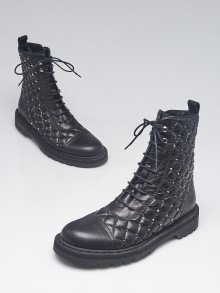 Valentino Black Quilted Leather Rockstud Combat Boots Size 6.5/37