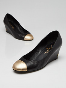 Chanel Black/Gold Leather Cap Toe Wedges Size 8/38.5