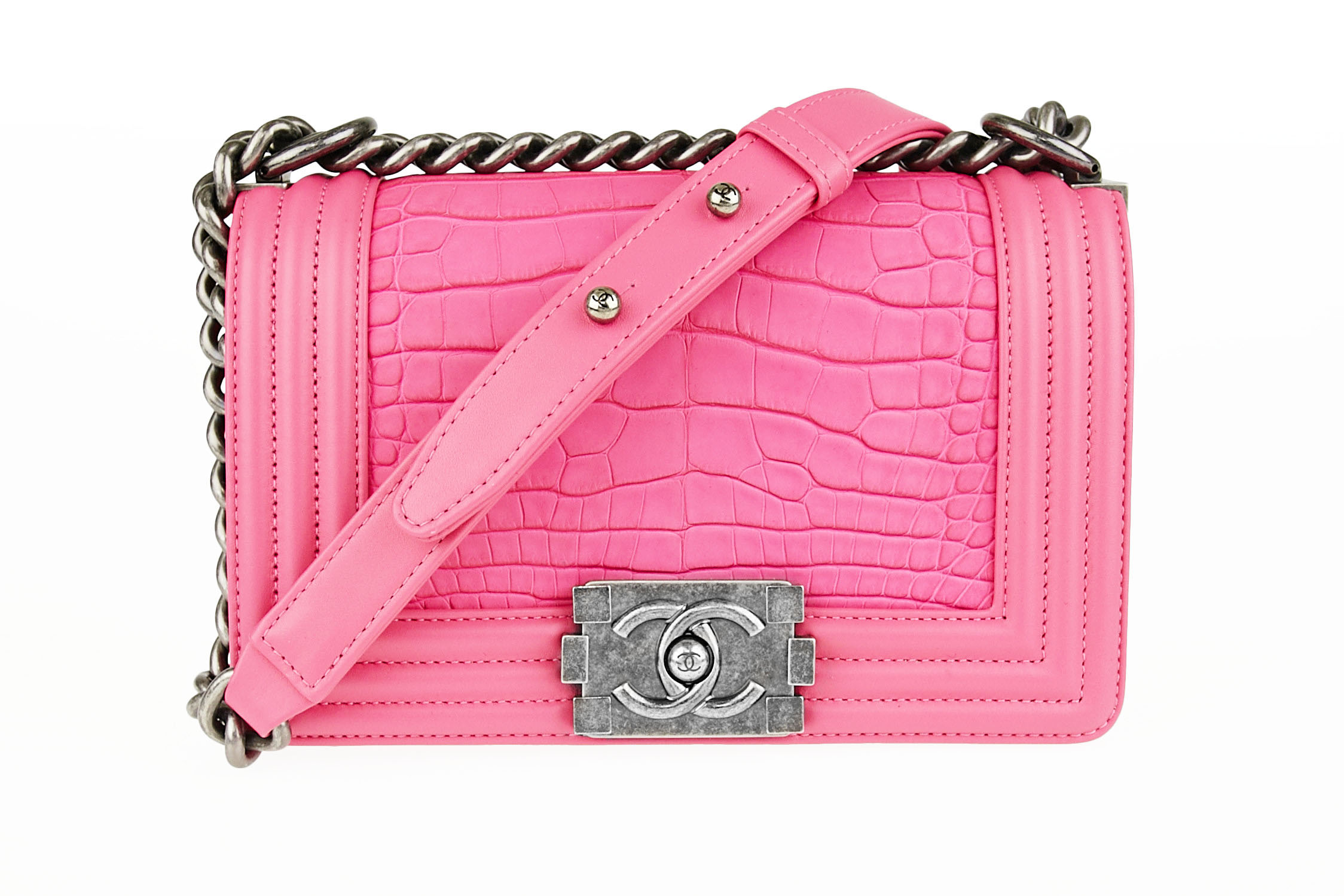 7c7e263e16f Talk about Bag Goals. Chanel Hot Pink Matte Alligator Boy Bag