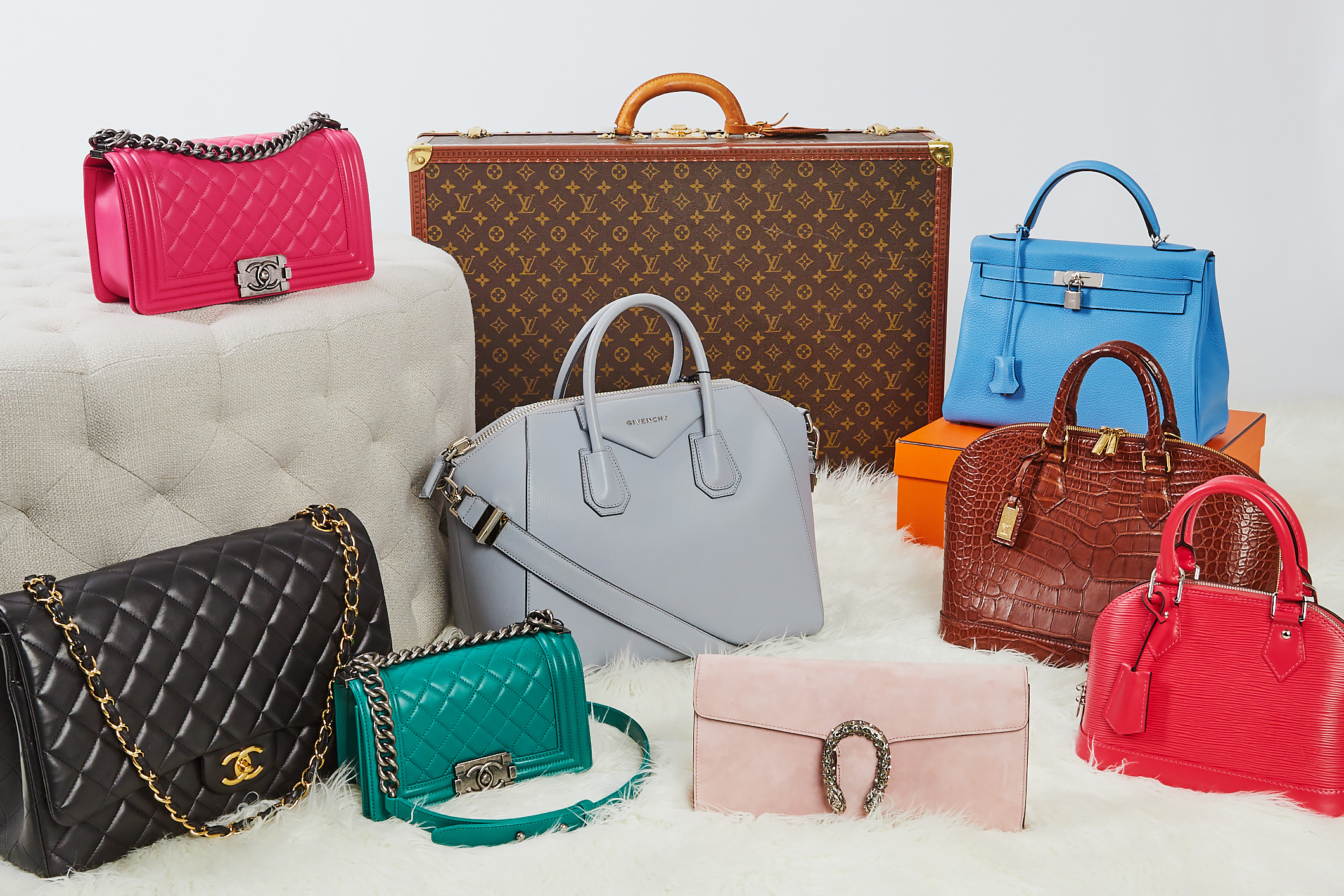 Pre-Owned Chanel, Louis Vuitton, Hermes, Givenchy and Gucci | Authenticated Pre-Owned Luxury at YoogisCloset.com